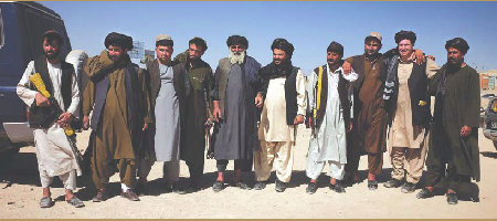 Mortenson meets tribal leaders in Tarin Khot, Afghanistan